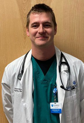Dr. Jason Haas is a veterinarian in our emergency medicine training program for clinicians.