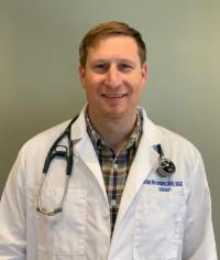 Dr. Brian Grossbard is board certified in small animal surgery.