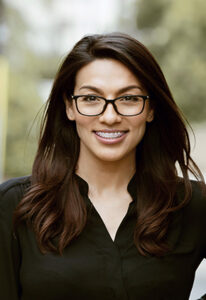Sarah Botello is a Veterinary Relations Representative for BluePearl Pet Hospital Irvine CAVRR
