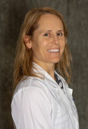 Dr. Marilyn Rumbaugh is board certified in large animal surgery and is currently part of our emergency medicine training program for clinicians.