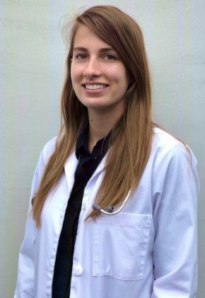 Dr. Alison Herendeen is a small animal medicine and surgery intern.