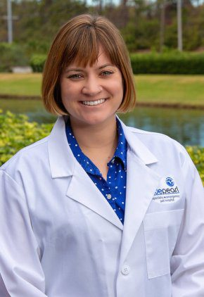 Dr. Hannah Jacobs is part of our emergency medicine training program for clinicians.