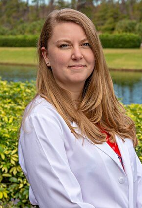 Dr. Kate Michaelis is a veterinarian in our emergency medicine training program for clinicians.