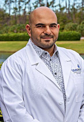 Dr. Antreas Hindoyan is a veterinarian in our emergency medicine training program for clinicians.