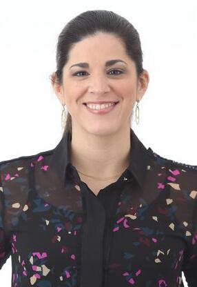 Dr. Jessica Midence is board certified in veterinary internal medicine.