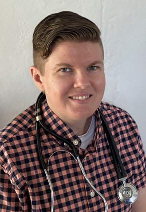 Dr. Amy Stark is a veterinarian in our neurology service.