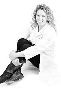 Dr. Siobhan Haney is board certified in veterinary radiation oncology.