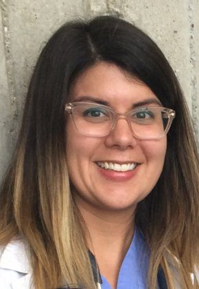 Dr. Jessica Chavera is a veterinarian in our neurology service.