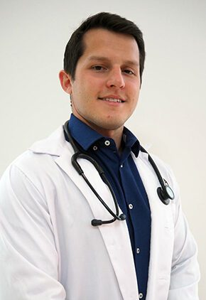 Dr. Gabriel Sanchez is a small animal medicine and surgery intern.