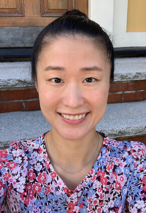 Dr. Ji-In Lee is a residency-trained veterinarian in our oncology service.