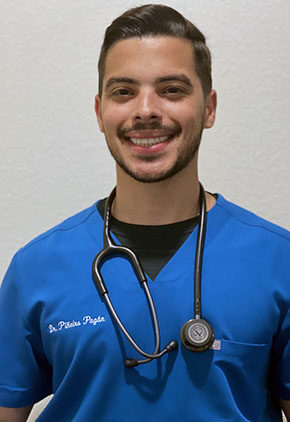 Dr. Jorge Pineiro is a small animal medicine and surgery intern.