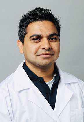 Dr. Toufeer Mehdi is a small animal medicine & surgery intern.