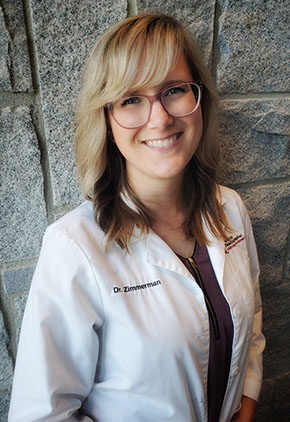 Dr. Kelli Zimmerman is a clinician in our ophthalmology service.