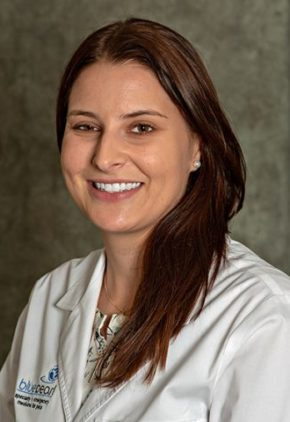 Dr. Zoe Williams is an intern in our oncology service.