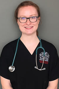 Dr. Melissa Lind is a clinician in our emergency medicine service.