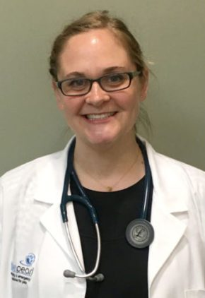 Dr. Zoe Quirk is a veterinarian in our internal medicine service.
